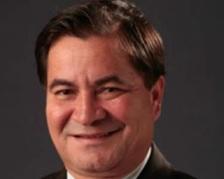 Roger Molina: senador ficou asilado, exilado, preso na nossa embaixada até fugir par ao Brasil. Líder oposicionista participa da sessão de cinema que denuncia os demandos de Morales